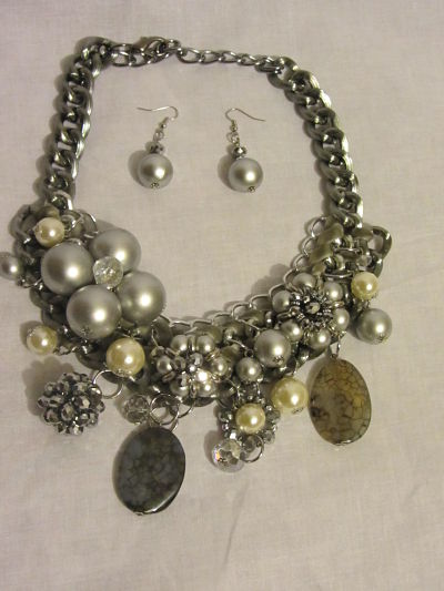 The Goddess Necklace Grey