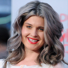 Kelly Osborne Sporting Grey Locks